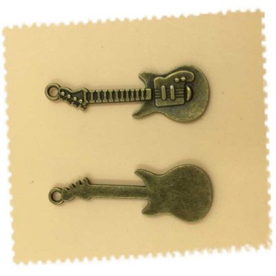 Lot 5 breloques charms guitare bronze antique