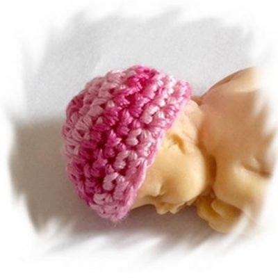 Mini bonnets dégradé rose