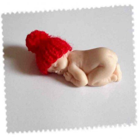 bonnet bebe fimo rouge avec pompom