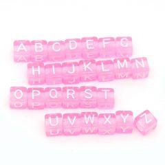 """Perles roses lettre alphabet """"A-Z"""" au Hasard cube 6 mm écriture blanche"""